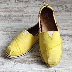 💛Toms Yellow Slip On Boat Shoe Loafer
